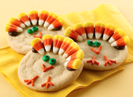 Turkey cookie with candy corn