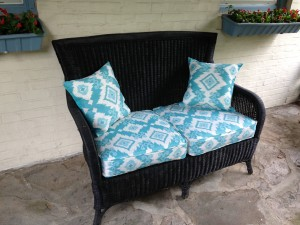 Wicker loveseat: After