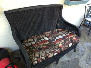 wicker loveseat - before