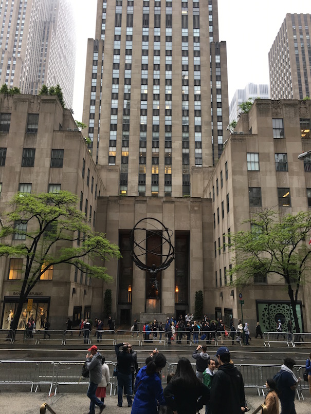 Atlas statue at Rockefeller Center, NYC